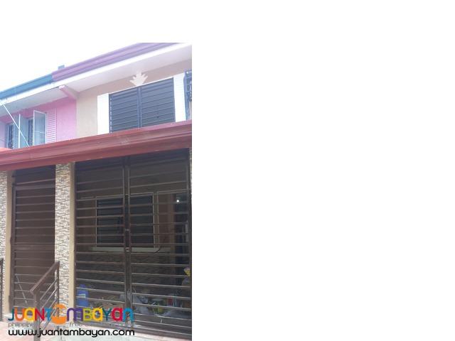 Las Pinas Townhouse in Manuela Veraville