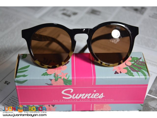 Sunglasses/Shades (West Sunglasses) UV 400 Sunnies by Avon