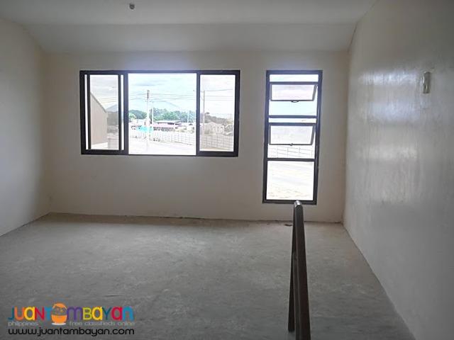 Affordable House & Lot Deca Clark Pampanga