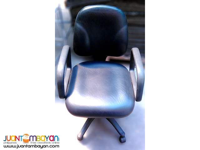 Swivel Chair / Office Chair