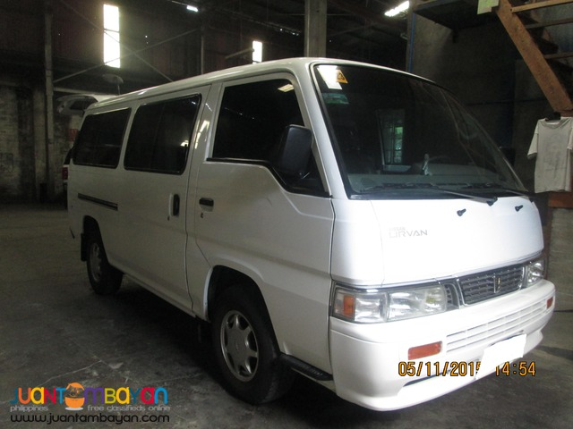 RENT A CAR NISSAN URVAN WHITE