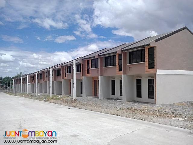 Rent to Own Deca Clark Pampanga (Townhouse)