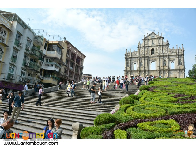 Hong Kong with Free Macau Tour