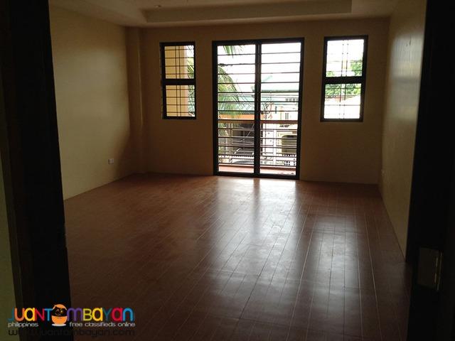 Duplex House For Sale in Violago, Quezon City