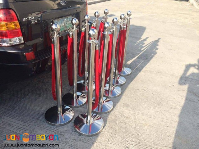 20 PCS STANCHIONS WITH RED VELVET ROPE
