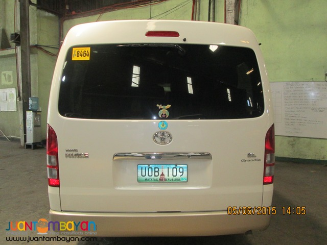 Rent a car Hiace Grandia