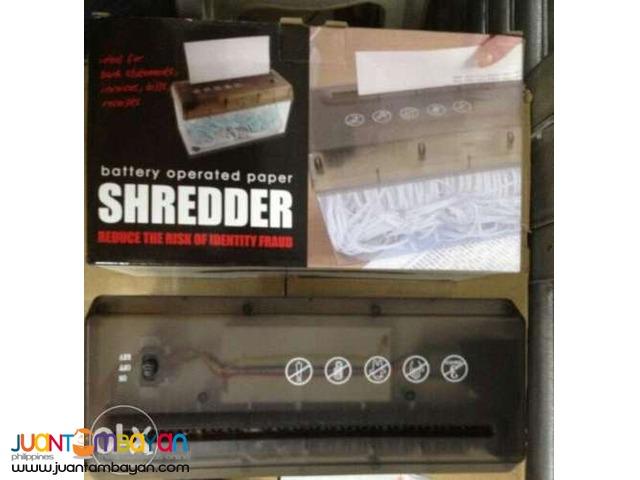 Compact usb/ Battery Operated Desktop Paper Shredder