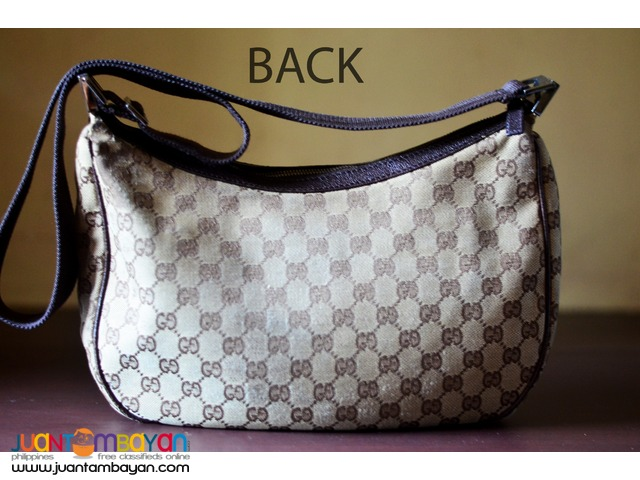 30k now 6k Authentic GUCCI Sling/Messenger Crossbody Bag GG Monogram