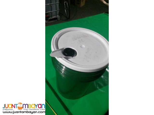 Pale Bucket 5 Gallon with Lid and Spout