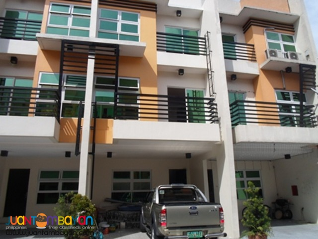 Cubao Townhouse near Scout area and New Manila