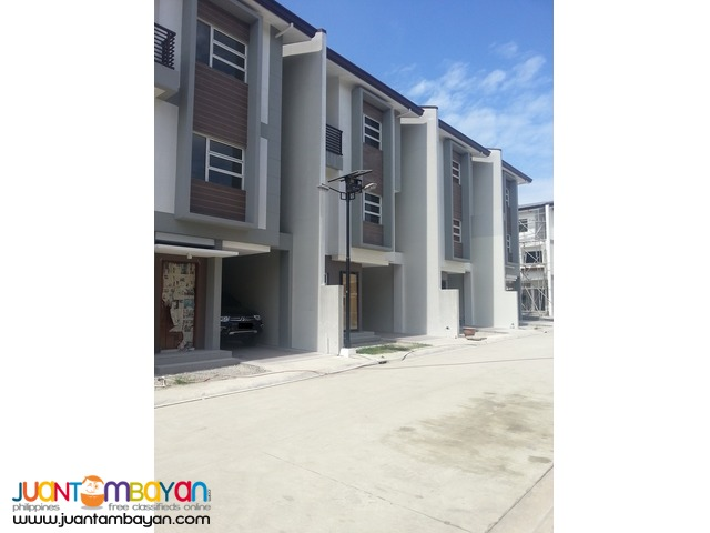 Quezon City Townhouse near Congressional Avenue ext