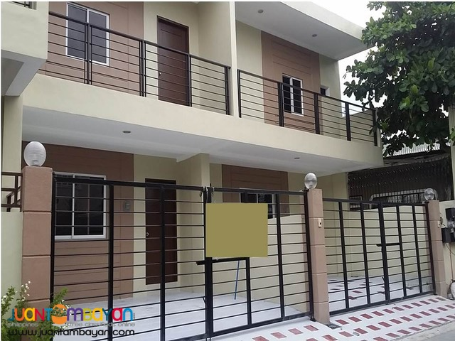 Townhouse at Remarville Las Pinas - very accesssible