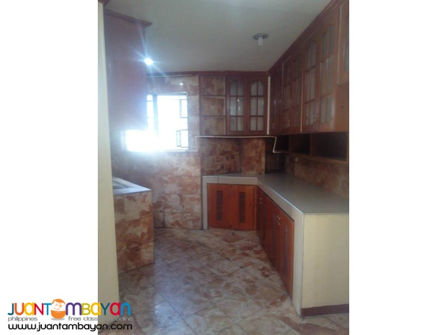 18.5k 3 Bedroom Unfurnished Apartment For Rent in Banawa Cebu City