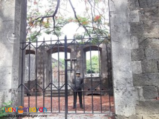 Intramuros tour highlight - Jose Rizal, Philippine national hero
