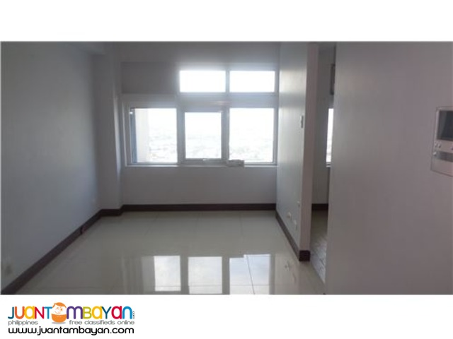 FOR SALE!!! Le Grand Tower1 1 Bedroom condo in Eastwood