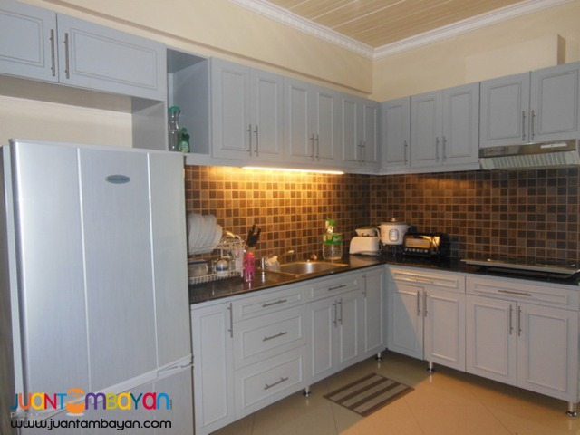 Furnished 3 bedrooms townhouse