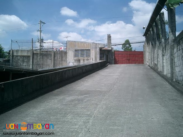 FOR SALE: Warehouse in Tandang Sora,