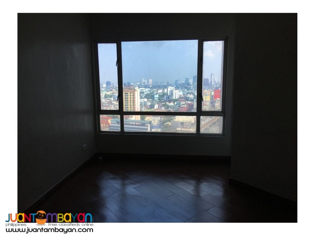 FOR SALE: Huge condo in the center of Cubao