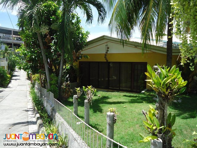 3BR Furnished House For Rent in Banawa Cebu City - 30k