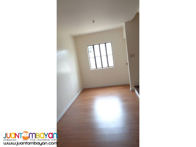 RFO Townhouse For Sale in Tandang Sora, Quezon City