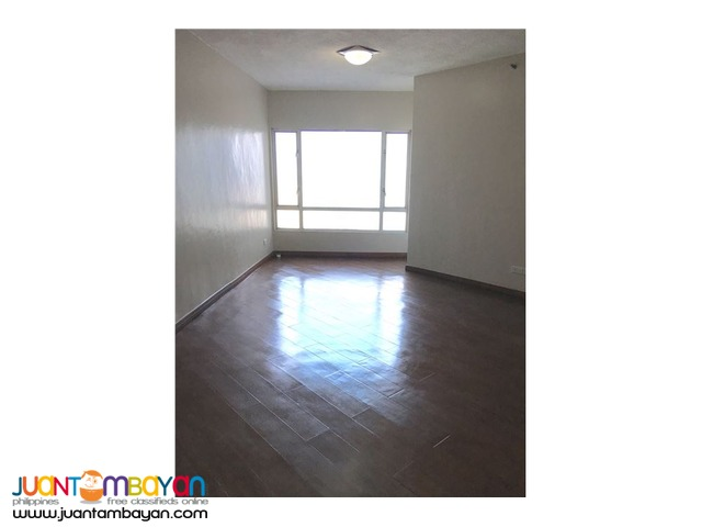 RUSH SALE!! Huge condo in the center of Cubao, Quezon City