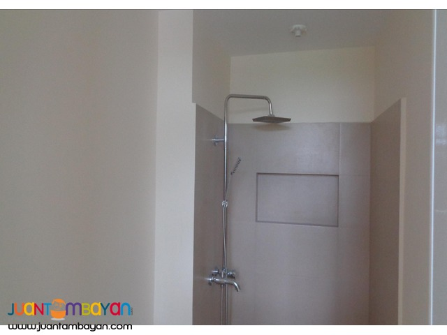 RUSH SALE Premium 2 BR Condo Unit in Centro Residences, Cubao