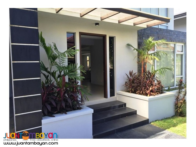 FOR RENT! Modern 4BR H&amp with pool, Ayala Alabang