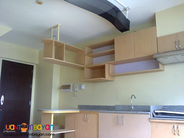 For sale condo at Gateway Garden Heights Mandaluyong