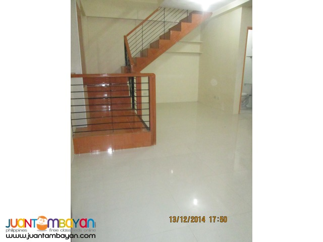 Townhouse unfurnished for Rent at P18k in Banawa Cebu