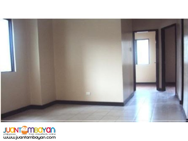 2br condo near sm fairview