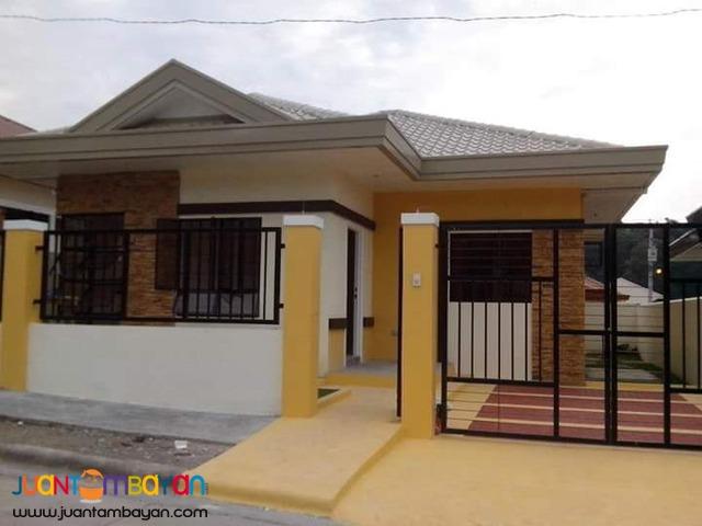 bungalow house &Lot