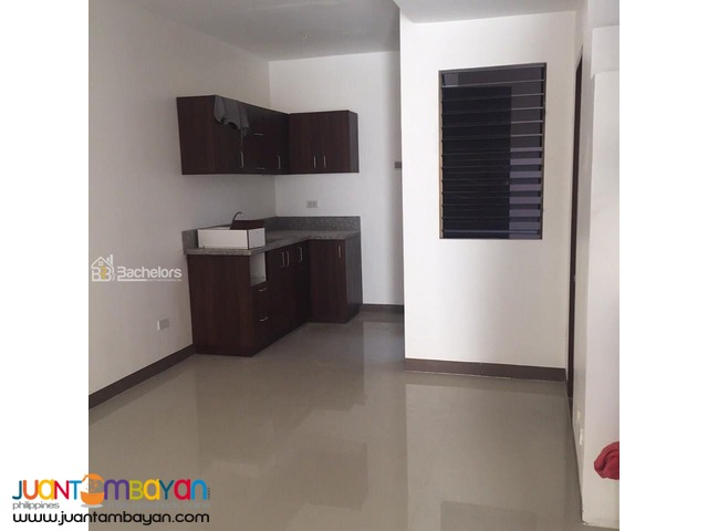 Townhouse Brandnew for RENT at P25k/monthly in Mabolo