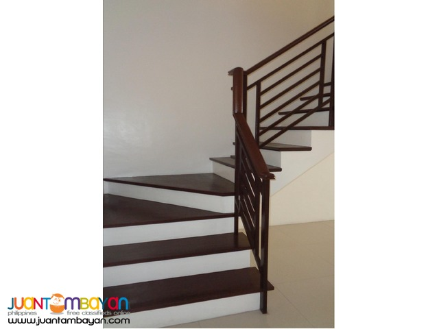 Rush sale!!! RFO Townhouse in Tandang Sora, Quezon City