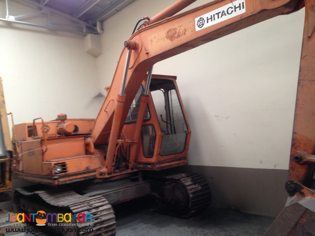 Hitachi .45 cubic capacity UHO4-5 Backhoe Japan Surplus