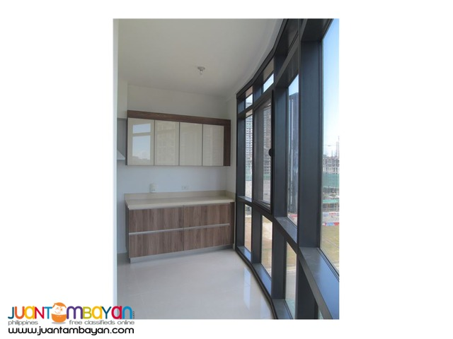 For Lease!!! 2BR Unit in Arya Residences, Taguig City