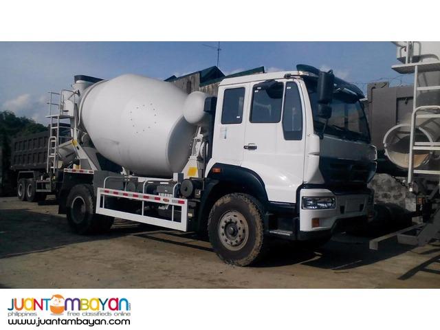 Best dealer! C5B huang he mixer truck!