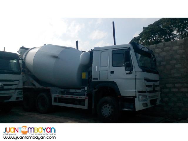 10 Wheeler HOWO Mixer Truck, 371HP, 10m³
