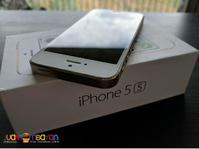 Iphone 5s  32 gb  factory unlocked 1 week used