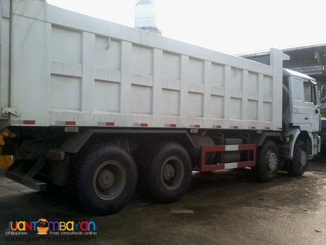 September Sale \ Hoka Dump Truck 12Wheeler \ Sinotruk