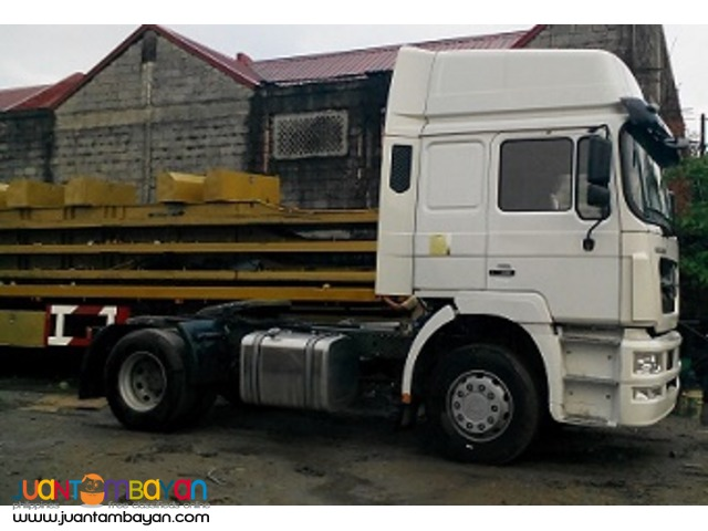 September Sale \ HOKA Tractor Head 6wheeler \ Sinotruk