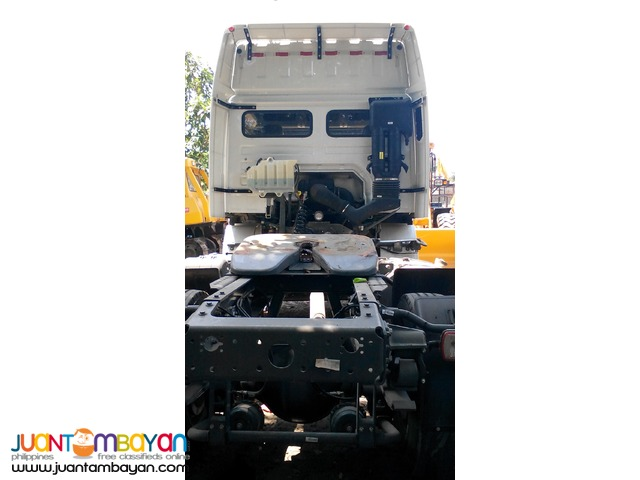 September Sale \ HOKA Tractor Head 6wheeler \ Sinotruk