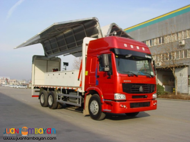 September Sale \ HOWO Wing Van Truck 10Wheeler \ Sinotruk