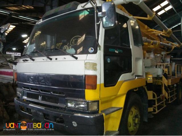 6 Wheeleer ISUZU Truck CBR 8PD1 Engine Concrete Pump Japan Surplus