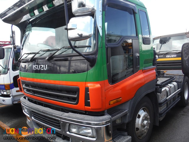 Green ISUZU 6 Wheeler Tractor Head 10PE1 Engine Japan Surplus