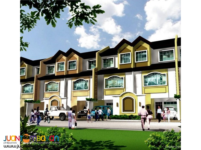 4br Townhouse for sale  in Parañaque