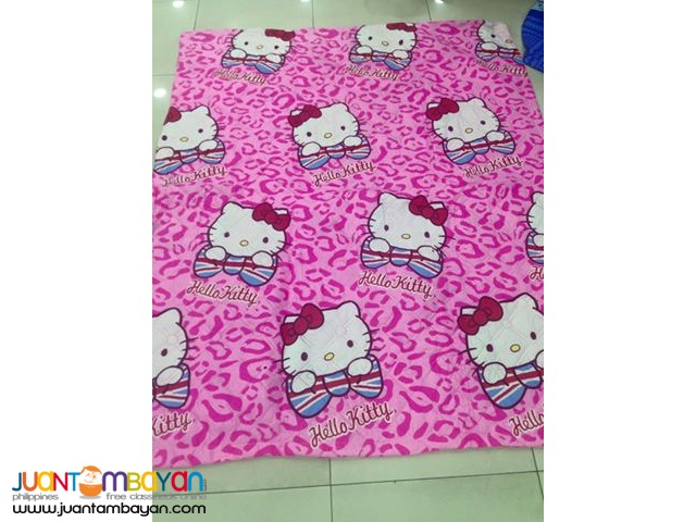 Hello Kitty Quilted Comforter