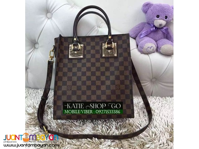 Louis Vuitton Damier Ebene Sac Plat Bag