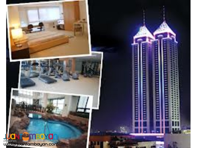3Bedroom w/ parking For Sale at BSA TWIN TOWERS FRONT SM MEGAMALL