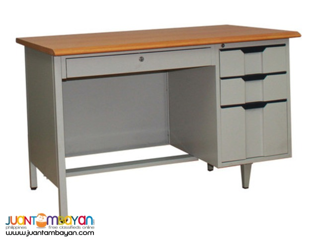 Office Desk 1 Center Drawer With Lock 3 Side Drawers