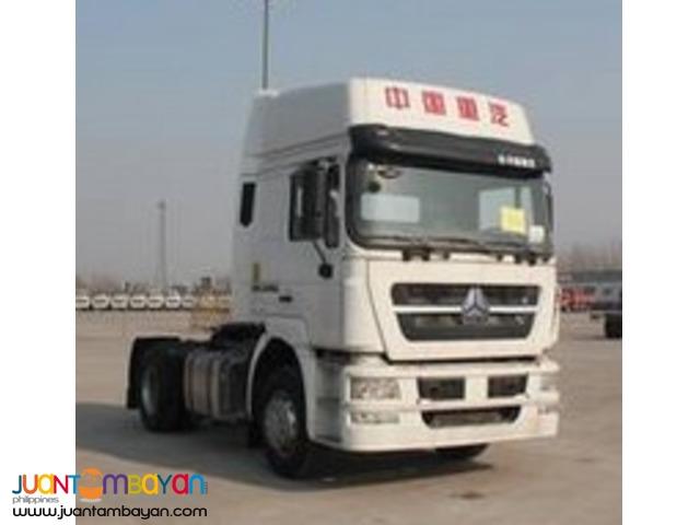Sinotruk _ HOKA Tractor Head 6wheeler